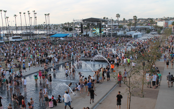 CRSSD%20Fest-Spring-Day-Northside_Crowd_596x373%20(2)