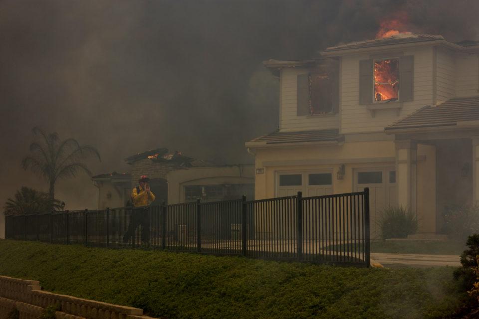 Carlsbad_Fire_2014_Neighborhood