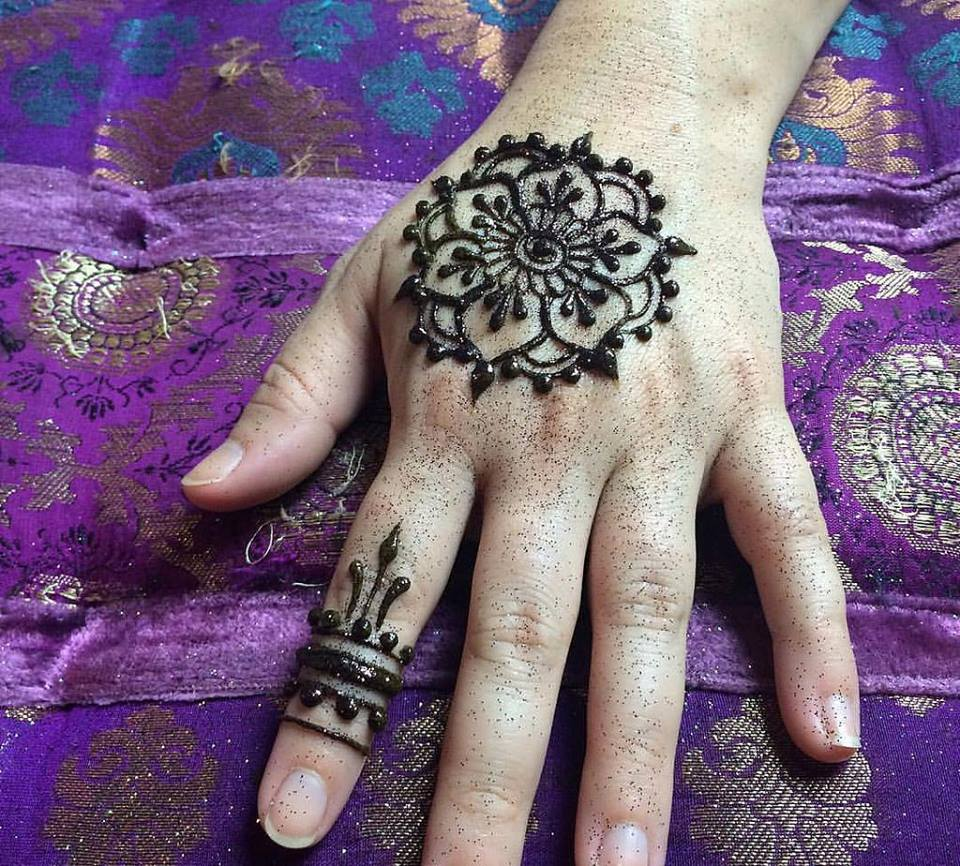 Henna and Glitter Tattoos | News | San Diego County News Center