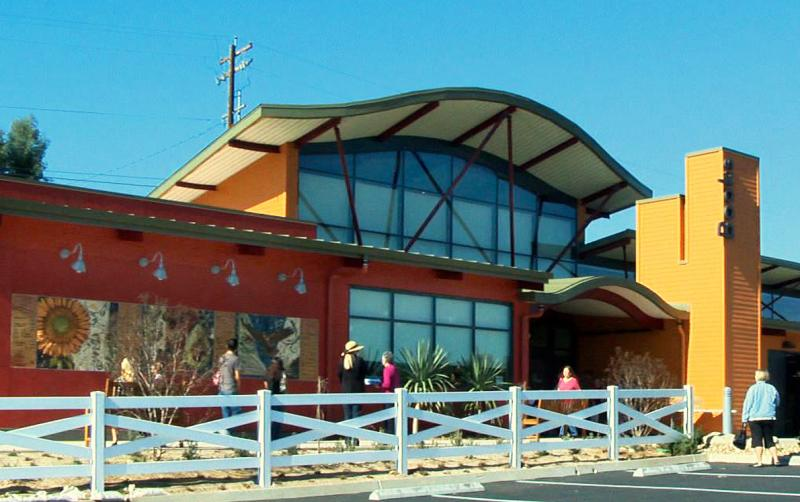 Fallbrook_Library_front