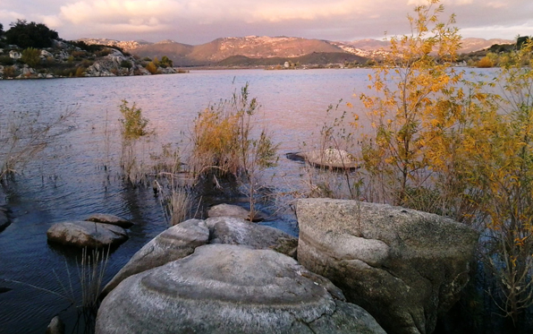Lake_Morena_596_373
