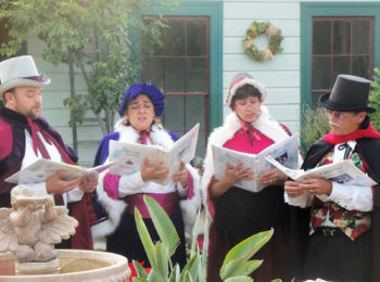 rancho_christmas_carollers_1600px