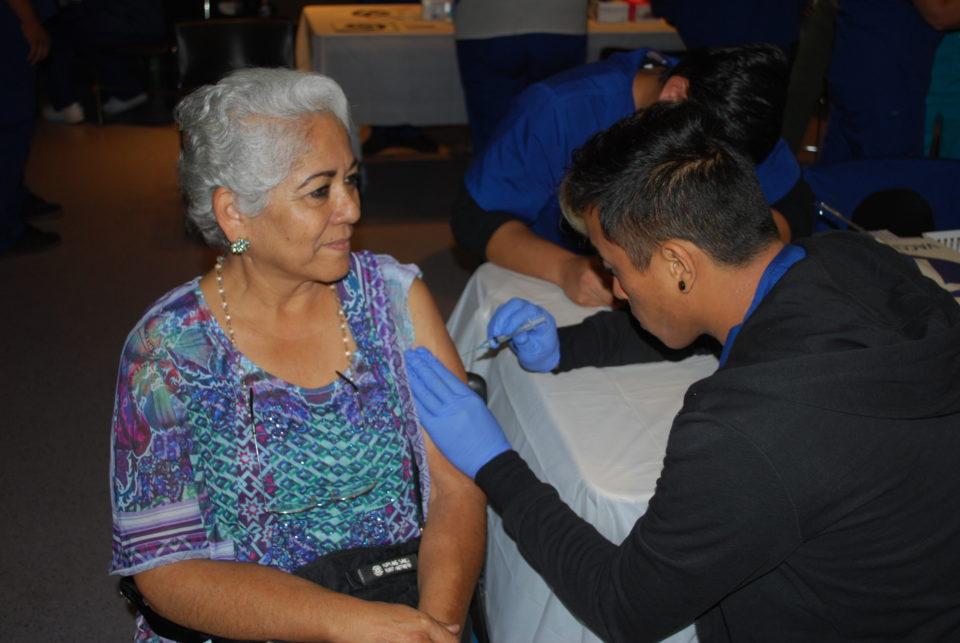 vaccinationlatinawoman