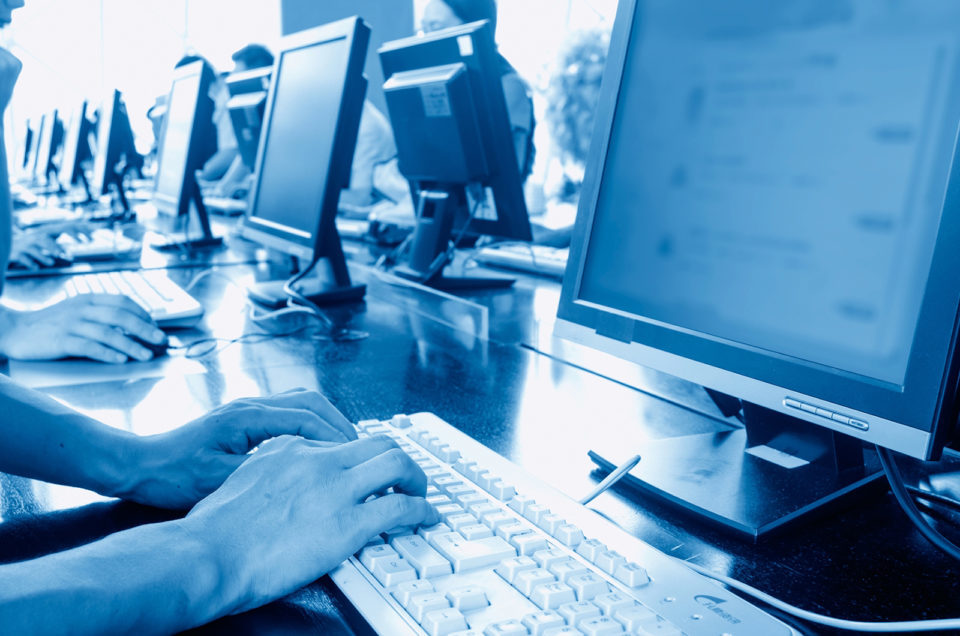 computerlibraryblue-960x636