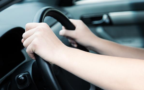 driving-steeringwheel