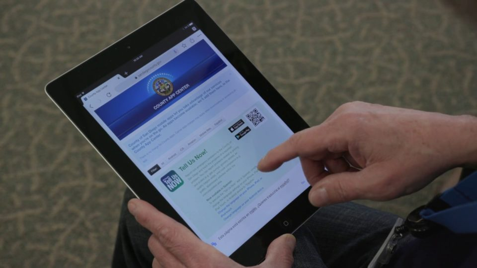 Find Problems? 'Tells Us Now' App in English y en Español!