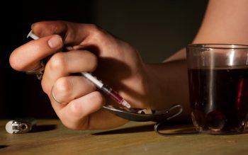 heroin_syringe