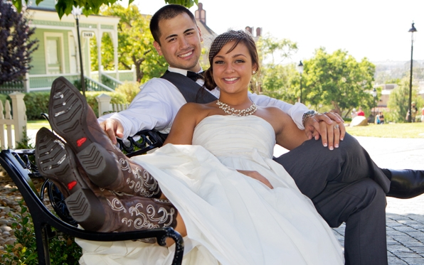 park-wedding-couple