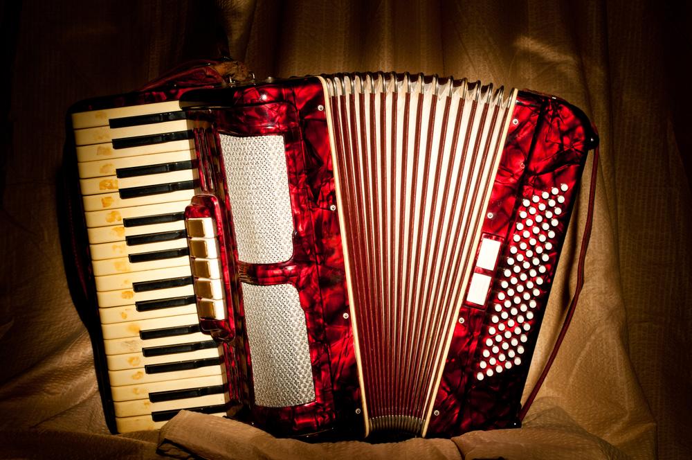 Acoustic Showcase: Albert Gonzales