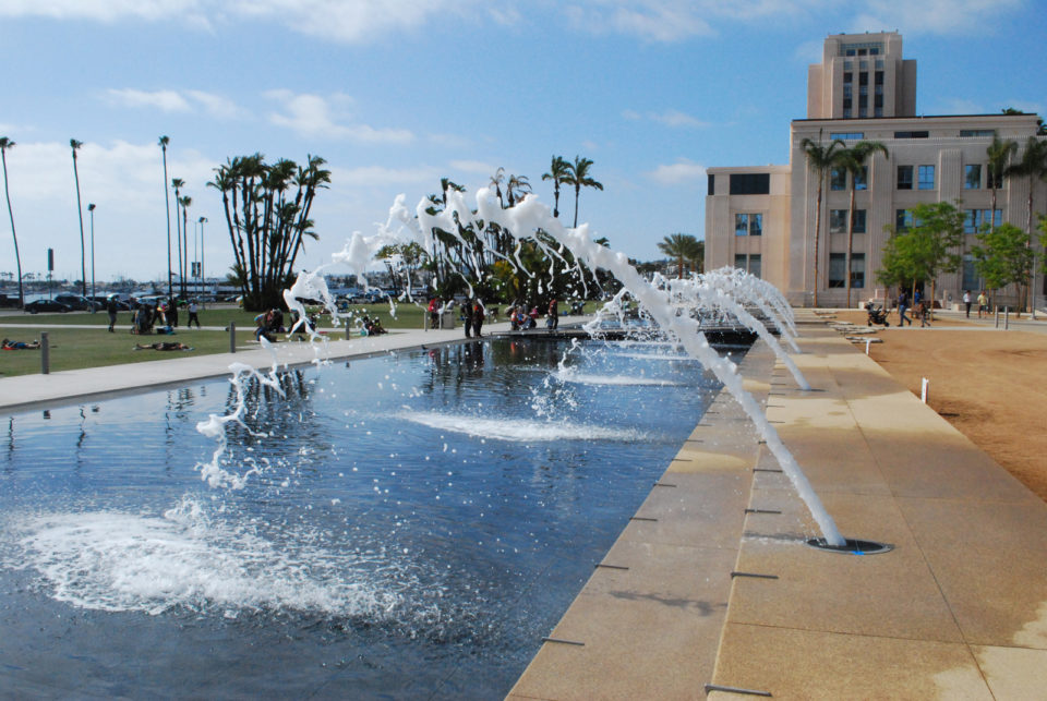 Waterfront Park's south fountain